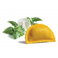 Panzerotti with ricotta and spinach