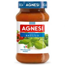 Tomato sauce with basilic